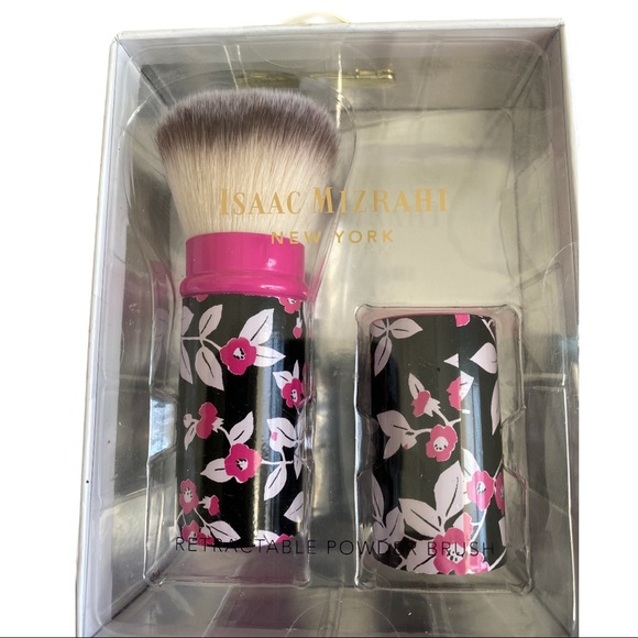 Isaac Mizrahi NWOT Retractable Powder Brush In Box